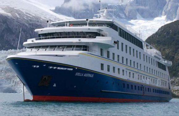 Australis – Darwin's Route from Punta Arenas