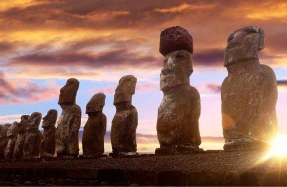 Fascinating Chile: Santiago, Valparaiso, Viña del Mar & Isla de Pascua